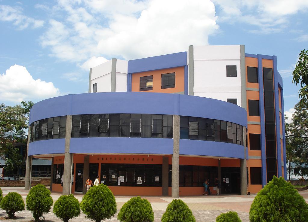Universidad 3