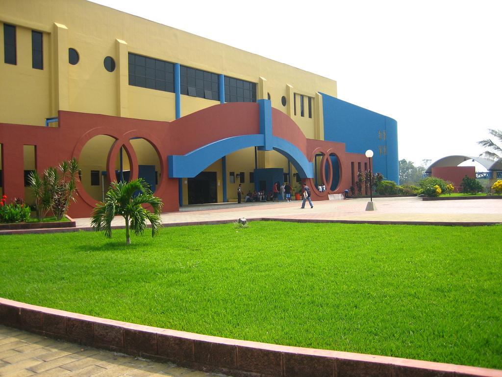 Universidad 4